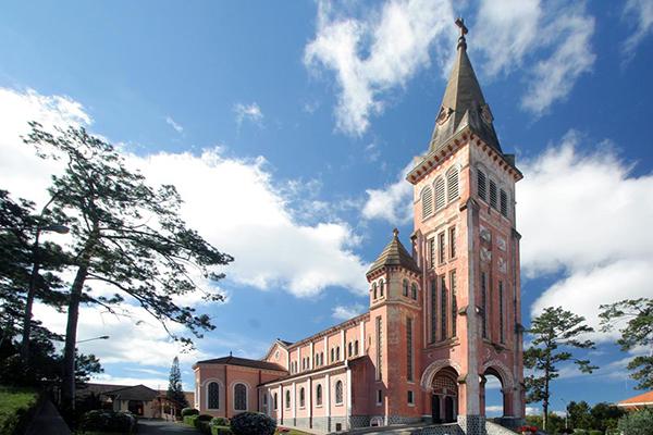 Nhà thờ chánh tòa Đà Lạt