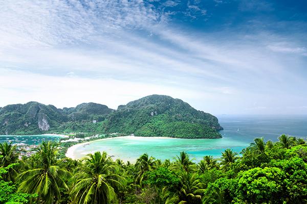Nha Trang ngày thu nắng dịu chan hòa