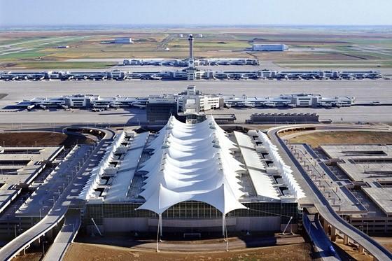 sân bay quốc tế Denver Den