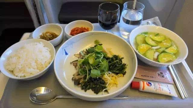 suat-an-dat-biet-cua-hang-korean-air