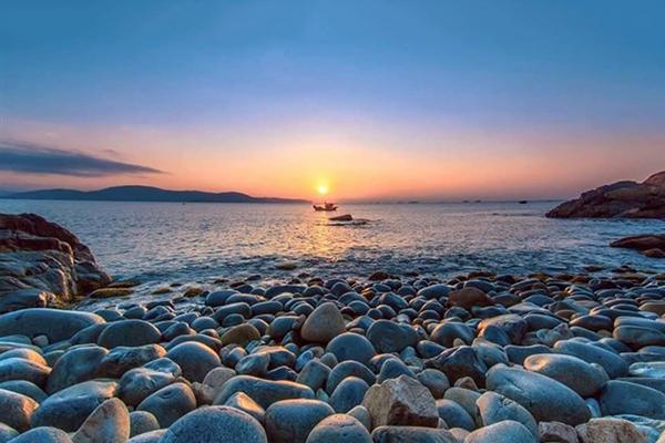 Bình minh trên bãi biển Hoàng Hậu