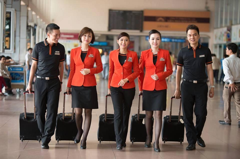 Cách tính thuế và phí vé máy bay Jetstar