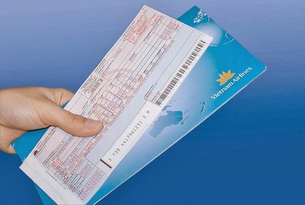 Đổi vé máy bay mất bao nhiêu tiền