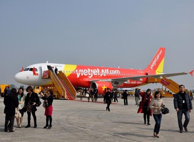 Lên máy bay Vietjet Air