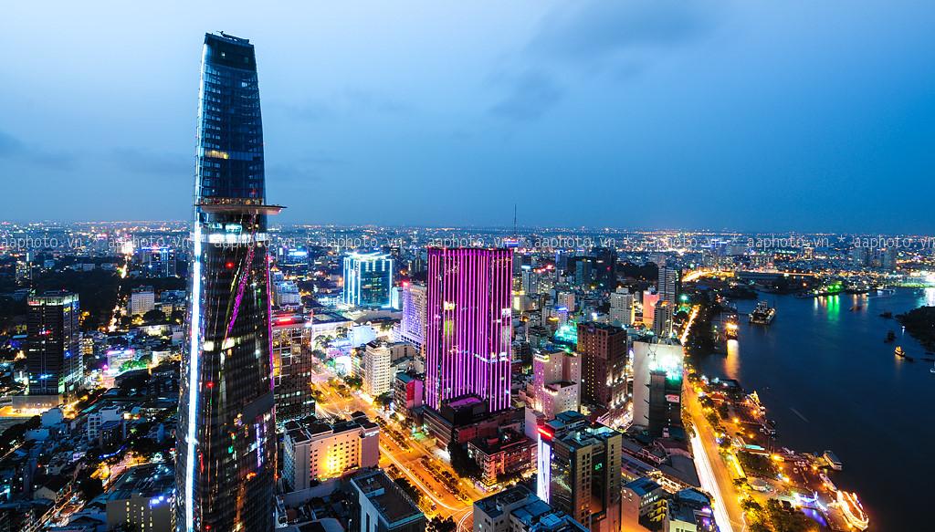 Vé máy bay Vinh đi Sài Gòn giá rẻ
