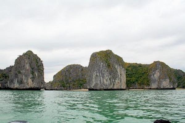 Những biển gần Hà Nội nhất