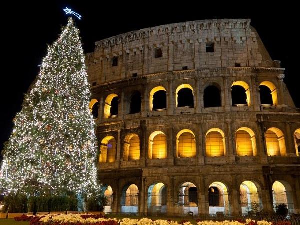 Cây thông Noel đẹp nhất thế giới