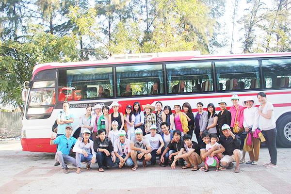 Đi du lịch theo tour