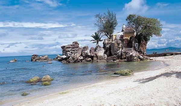 Bãi biển Dinh Cậu