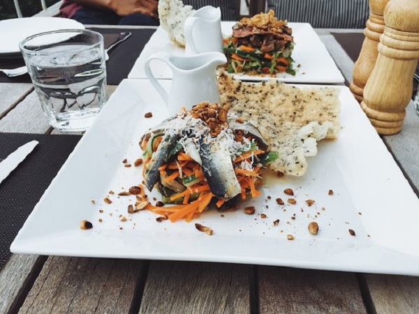 Nhà hàng Chuồn Chuồn Bistro & Sky bar