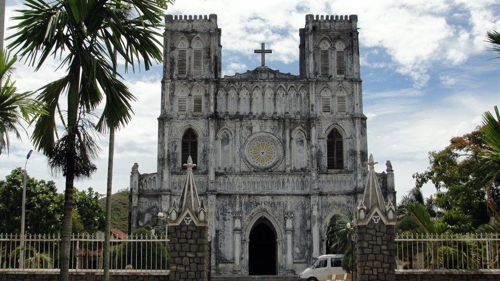 Nhà thờ Mằng Lăng
