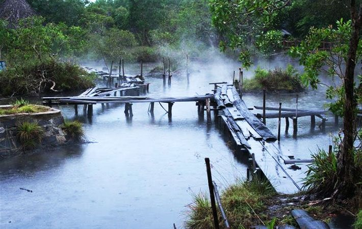 Suối nước nóng Phước Nhơn