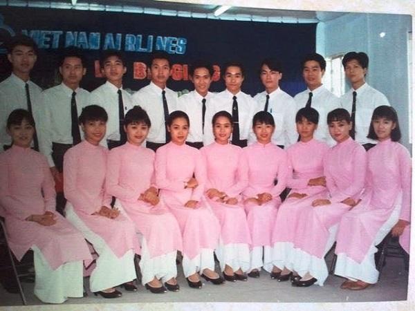 Áo dài Vietnam Airlines
