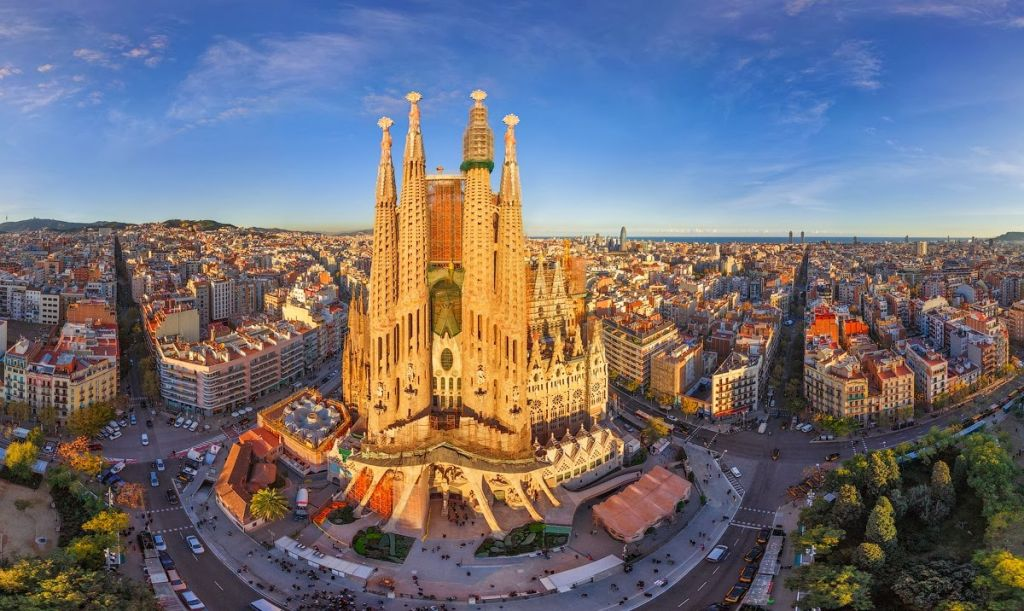 Tham quan thành phố Barcelona