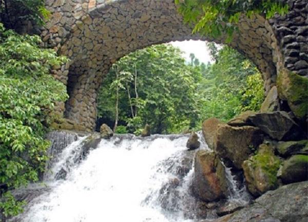 Khu du lịch Vườn Quốc Gia Ba Vì