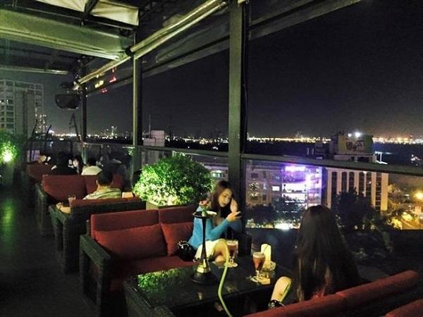 Quán cà phê King Rooftop Coffee