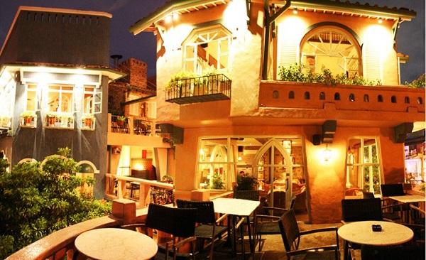 Cafe Gác Hoa