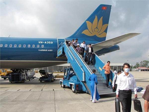 Giá vé máy bay Vietnam Airlines tphcm đi Hà Nội