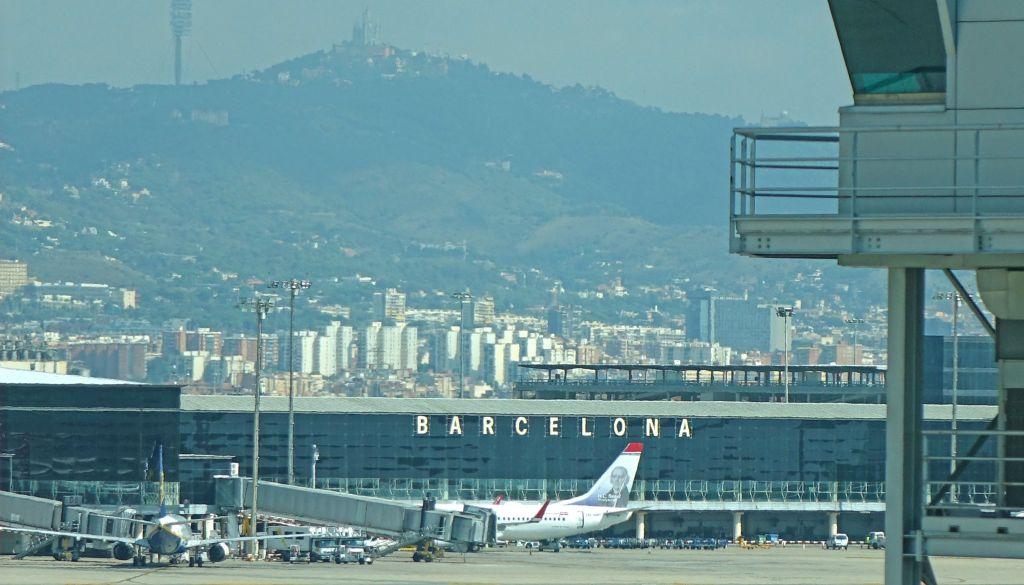 Sân bay Barcelona