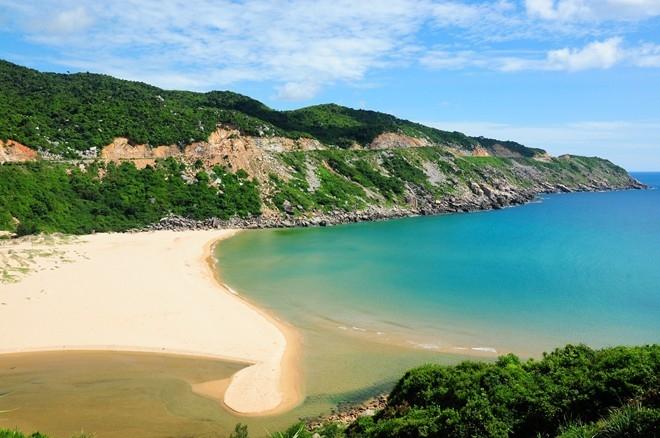 Bãi biển Môn