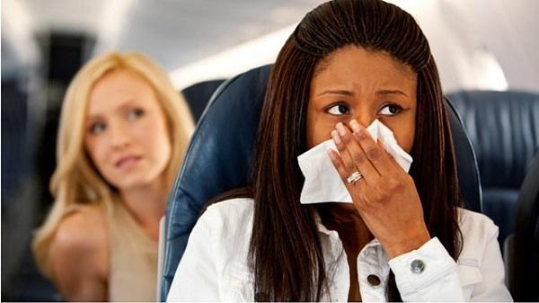 Đi máy bay có bị say không