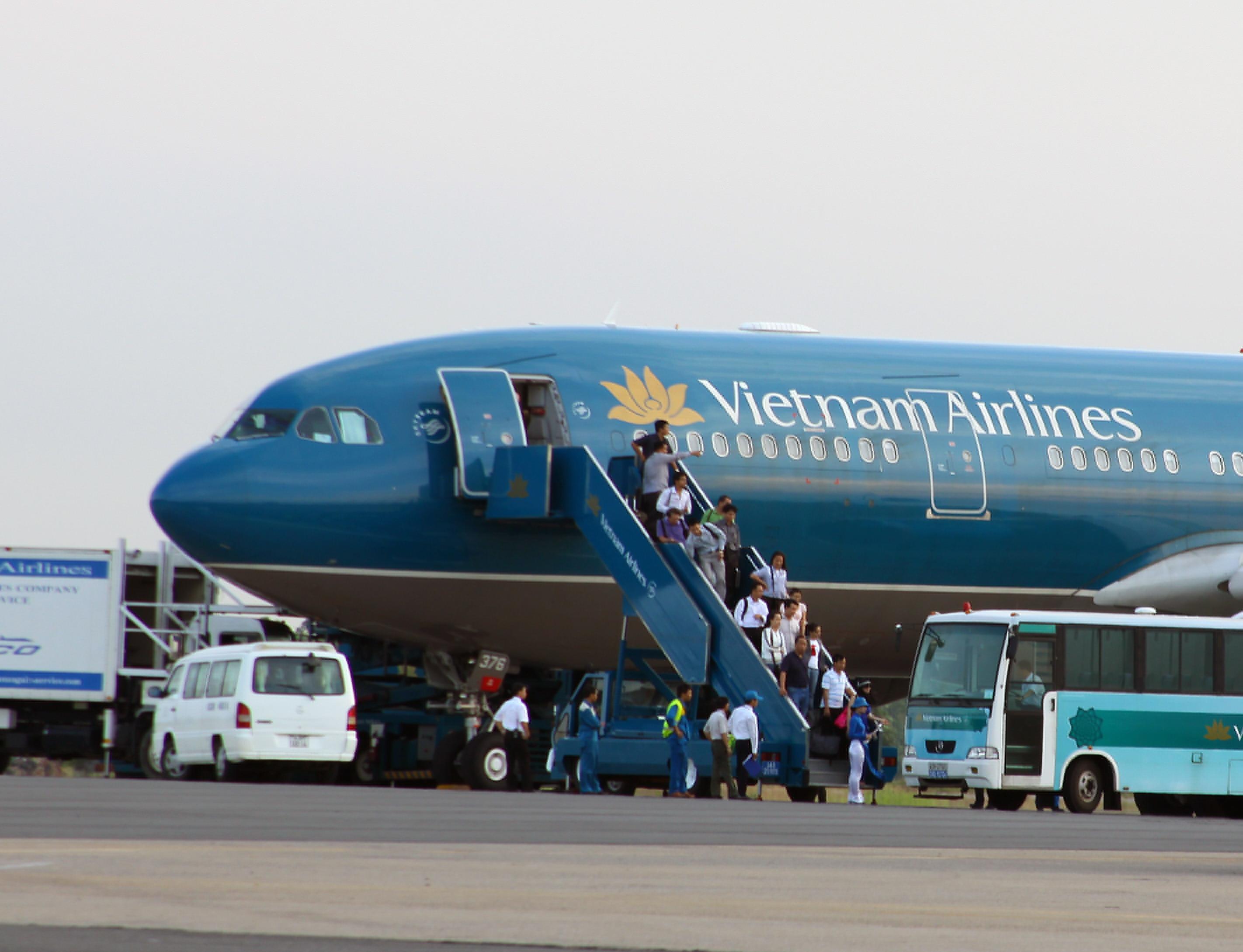 Giá vé máy bay Vietnam Airline Hà Nội Vinh