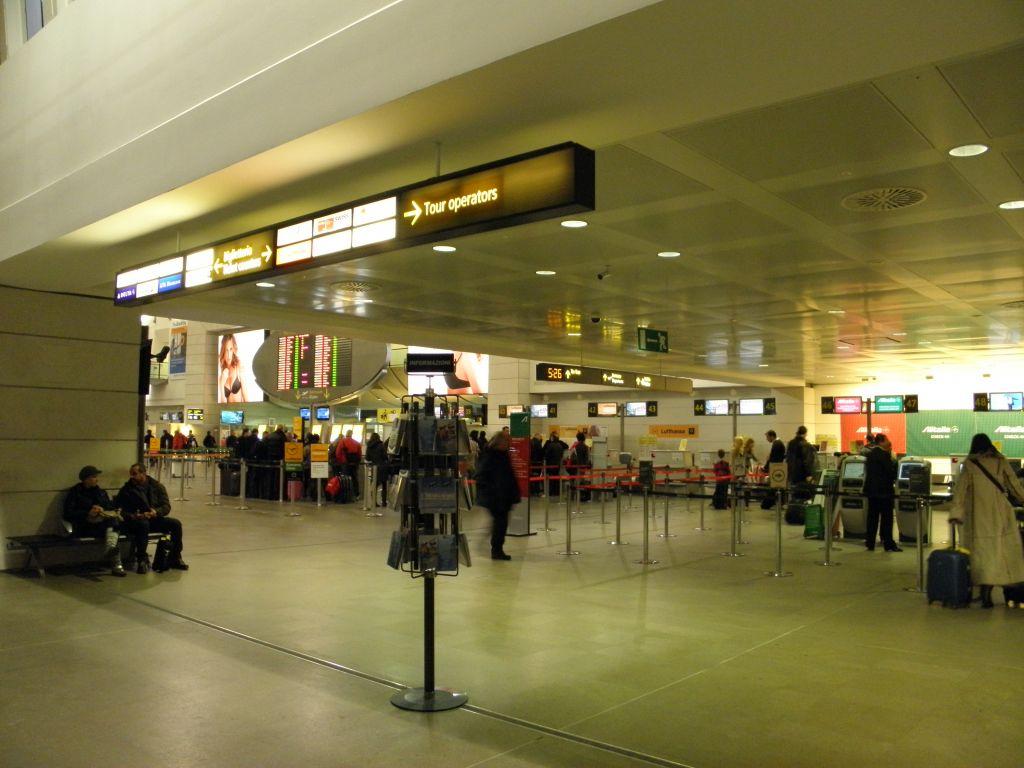 sân bay Aeroporto di Venezia Marco Polo