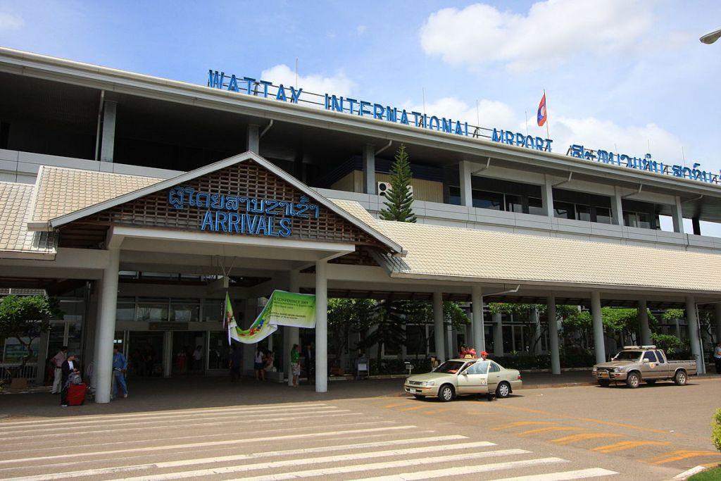 sân bay Wattay