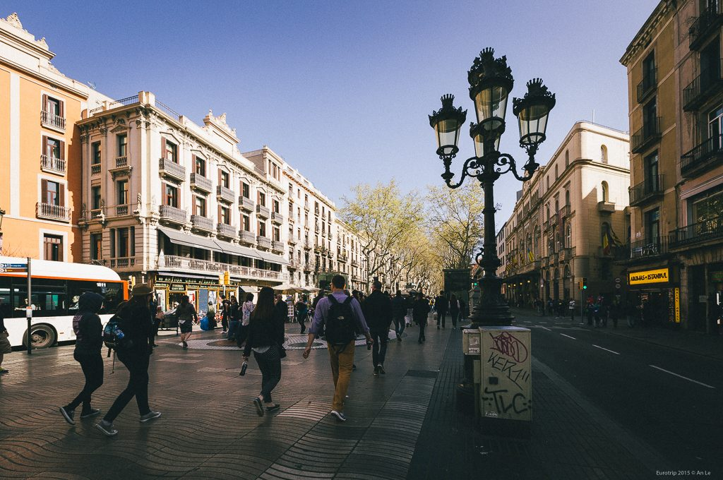 Đại lộ nổi tiếng La Rambla