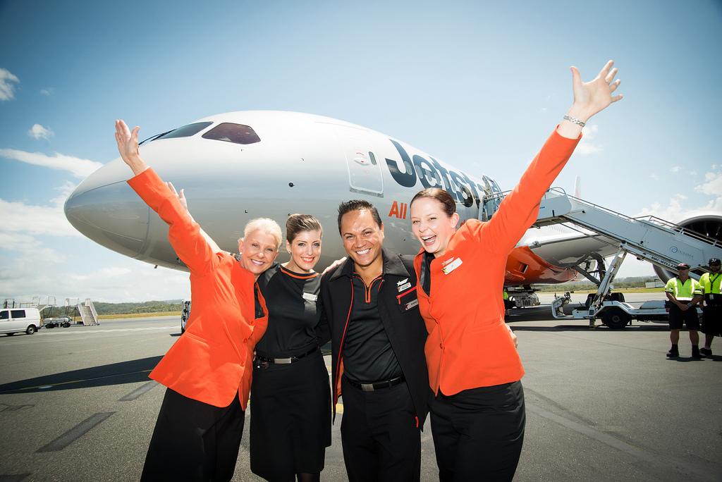Vé máy bay Jetstar tháng 4